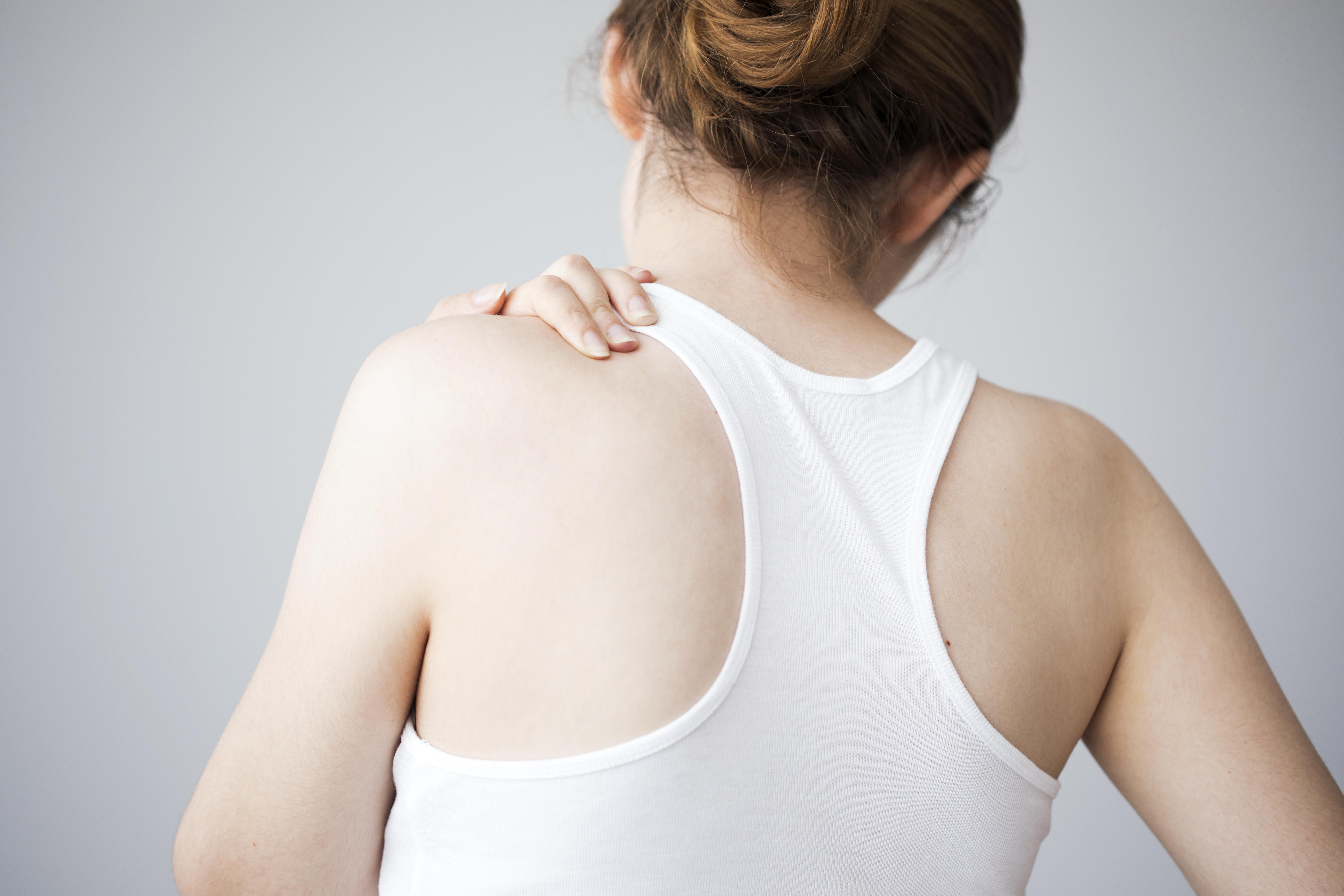が 生理 前 痛い 脇の下